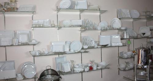 Ceramic Dishes 6